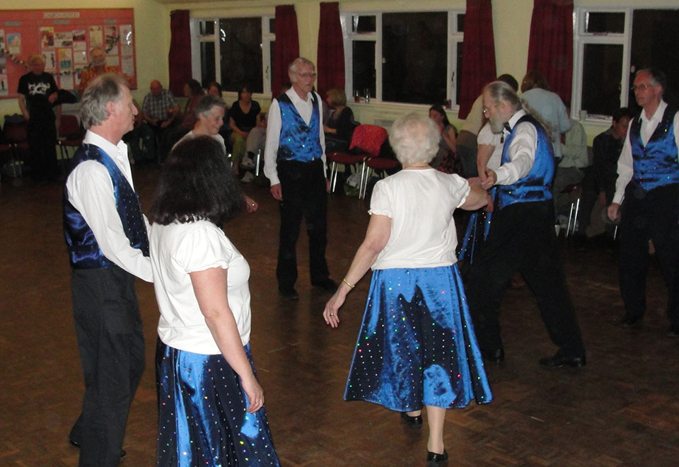 Mozaic Dancing at Northampton Ceilidhs
